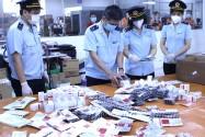 Thu giữ hơn 60.000 viên thuốc điều trị COVID-19