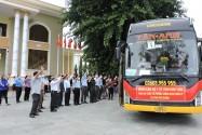 Gần 1000 thầy thuốc; cán bộ, học viên Công an nhân dân lên đường chi viện cho miền Nam