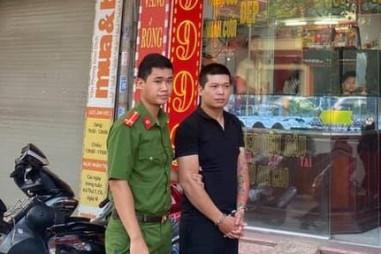 Hà Nội: Bắt giữ đối tượng cướp giật tiệm vàng tại quận Nam Từ Liêm