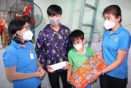 Công đoàn lập sổ tiết kiệm tặng trẻ mồ côi do COVID-19