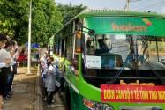Gần 200 thầy thuốc Thái Nguyên lên đường hỗ trợ Hà Nội chống dịch